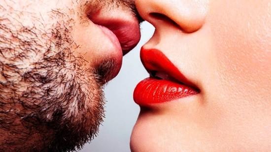 Болезни передающиеся через слюну, или чем опасны поцелуи